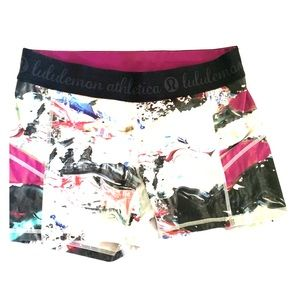 Lululemon tight biker shorts!